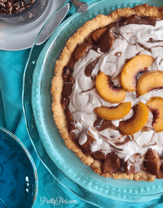 Peaches 'N Cream Pie - PrettyPies