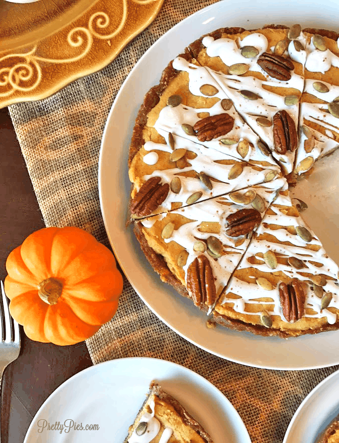 No-Bake Pumpkin Pie (Paleo/Vegan) PrettyPies.com