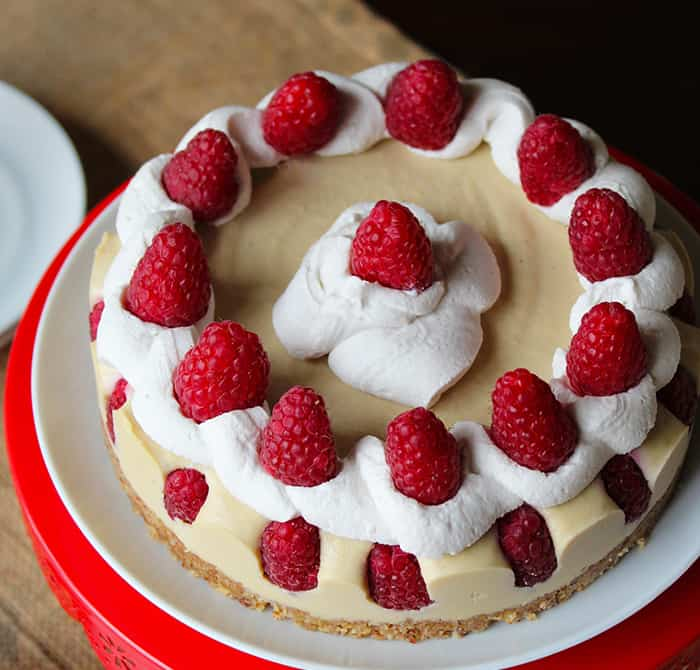 White Chocolate Raspberry Cheesecake (Vegan, Paleo) PrettyPies.com