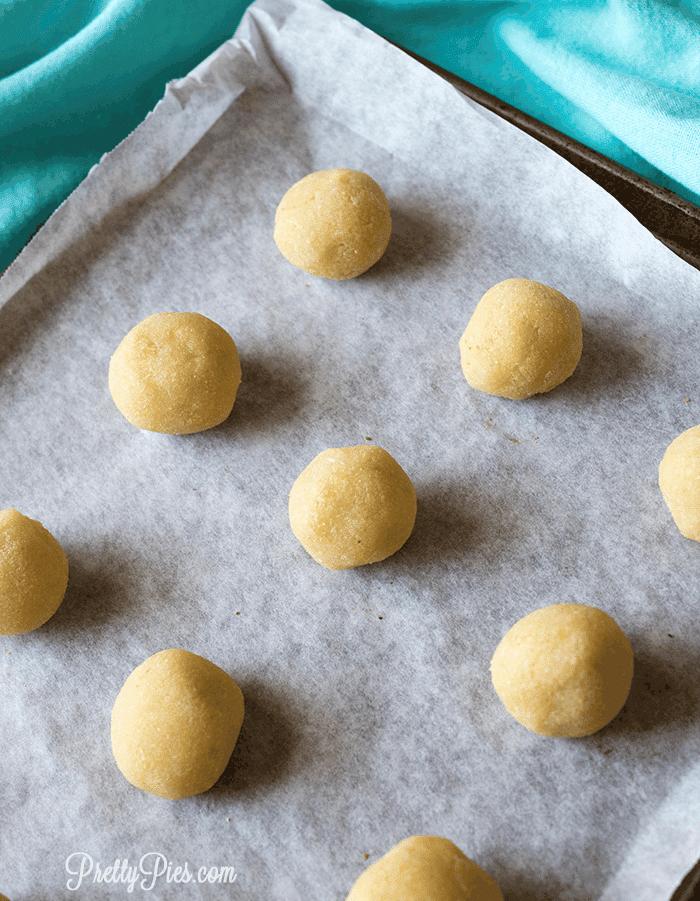 Lemon Glazed Donut Holes (Keto, Paleo, Vegan) PrettyPies.com