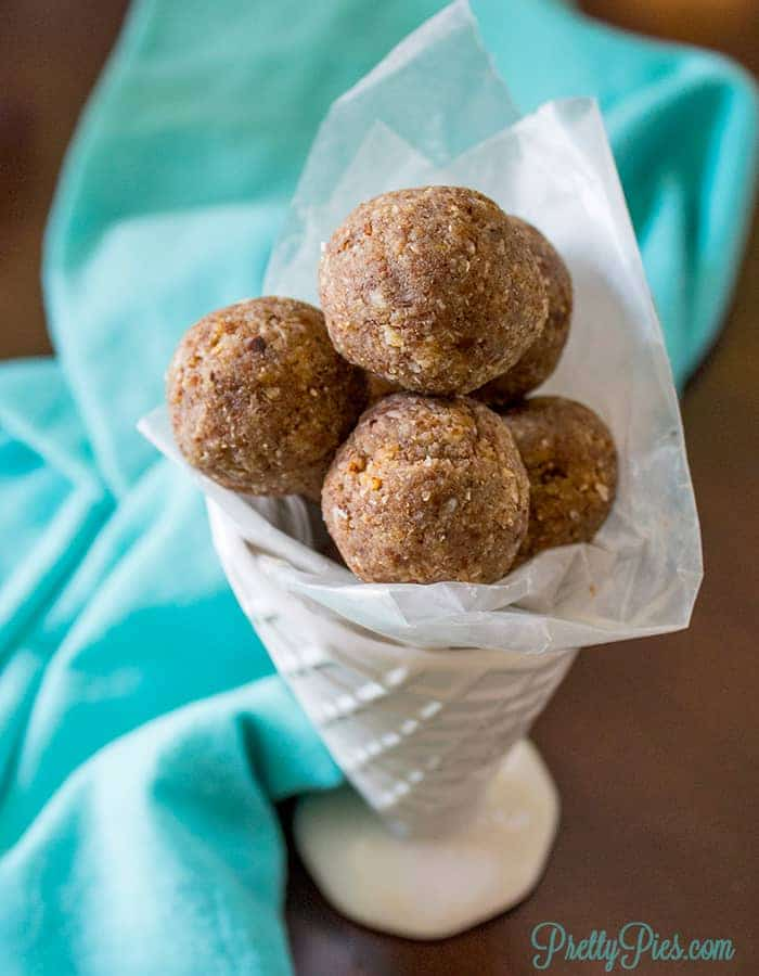 Vanilla Nut Bliss Balls & Breakfast Cookies (keto, paleo, vegan) PrettyPies.com
