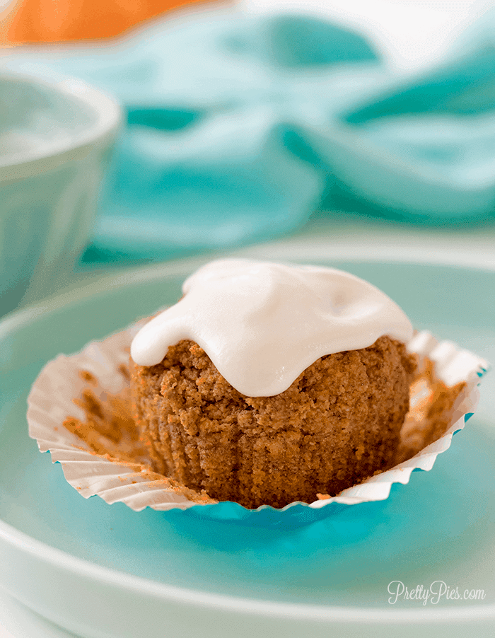 Low-Carb Paleo Pumpkin Muffins (Dairy-Free, Grain-Free, Sugar-Free, Vegan, Keto option)