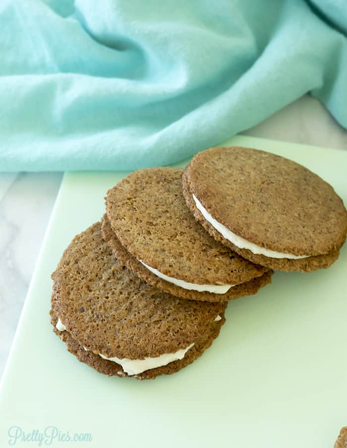 Low-Carb Oatmeal Cream Pies (Dairy-Free, Paleo, Vegan) PrettyPies.com
