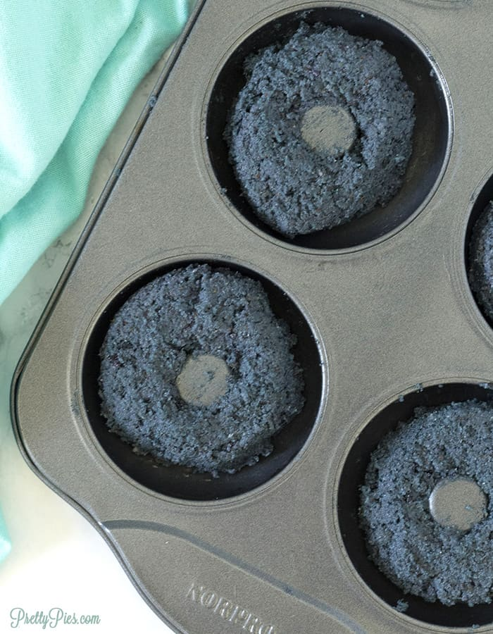 Low-Carb Glazed Blueberry Donuts (Dairy-Free, Gluten-Free, Sugar-Free, Paleo, Vegan) PrettyPies.com