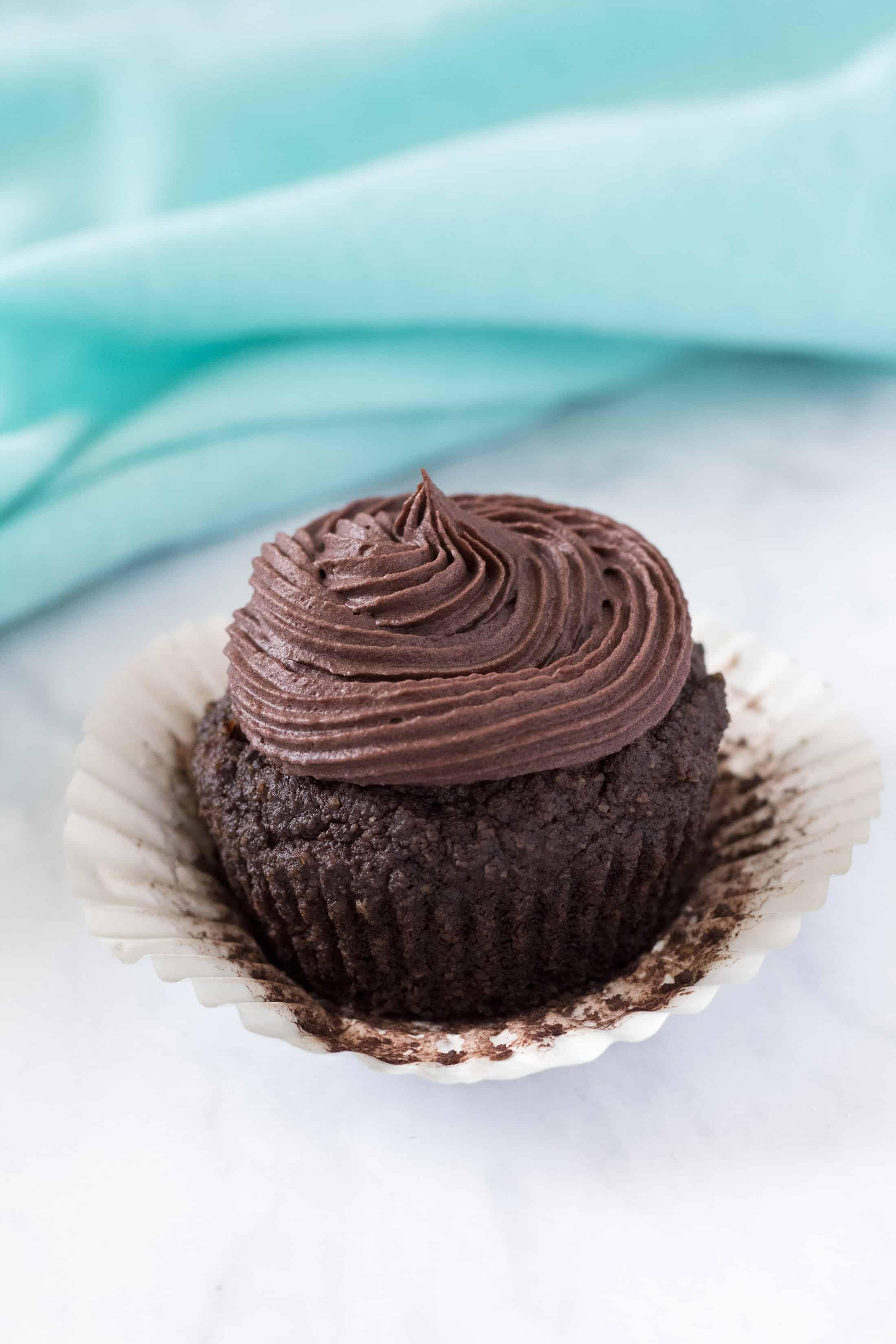 dairy free keto chocolate cupcakes